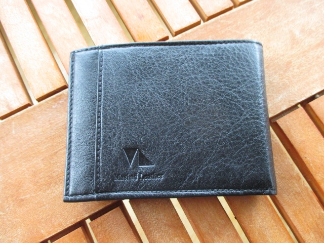 Fashion Men Accessories : Handmade Mens Leather Wallet