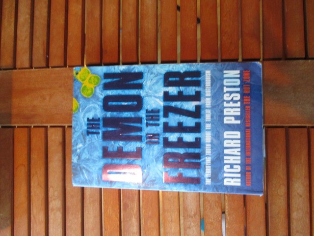 Books & Stationery Books Nonfiction : The Demon in the Freezer By Richard Preston, nonfiction